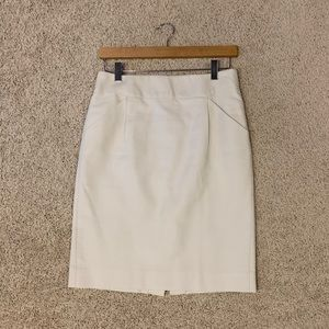 J Crew sz 4 ivory pencil skirt